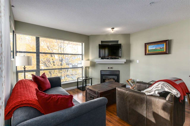 408 124 W 3RD STREET - Lower Lonsdale Apartment/Condo for sale, 2 Bedrooms (R2218167) #1