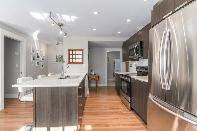 10 308 W 2ND STREET - Lower Lonsdale Apartment/Condo for sale, 2 Bedrooms (R2238729) #10