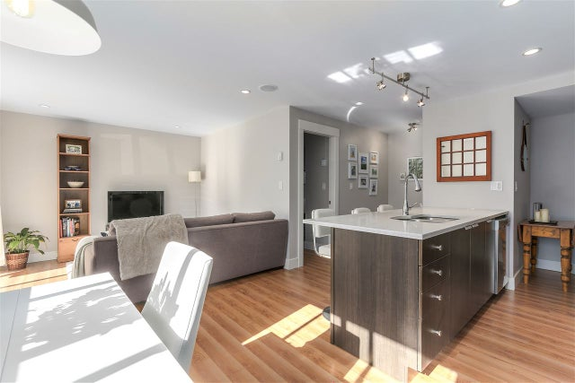 10 308 W 2ND STREET - Lower Lonsdale Apartment/Condo for sale, 2 Bedrooms (R2238729) #2
