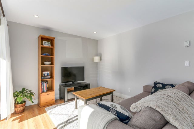 10 308 W 2ND STREET - Lower Lonsdale Apartment/Condo for sale, 2 Bedrooms (R2238729) #5