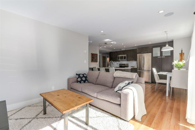 10 308 W 2ND STREET - Lower Lonsdale Apartment/Condo for sale, 2 Bedrooms (R2238729) #7