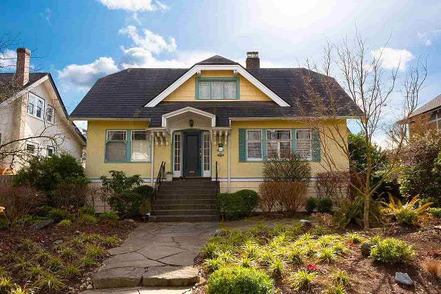 3976 W 13TH AVENUE - Point Grey House/Single Family for sale, 7 Bedrooms (R2550202) #1