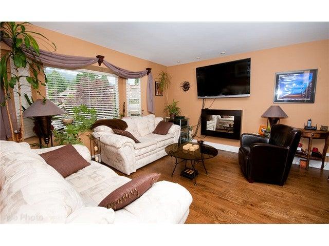 223 W 19TH ST - Central Lonsdale 1/2 Duplex for sale, 3 Bedrooms (V1016582) #2