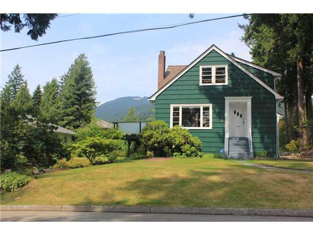 590 E KINGS RD - Upper Lonsdale House/Single Family for sale, 2 Bedrooms (V1020290) #1