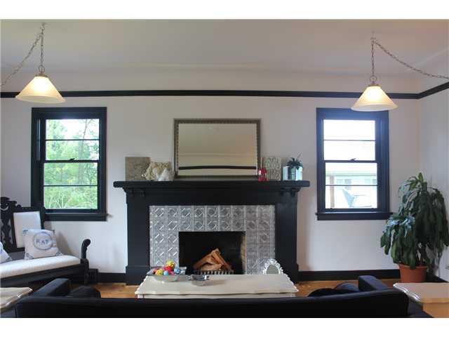590 E KINGS RD - Upper Lonsdale House/Single Family for sale, 2 Bedrooms (V1020290) #3