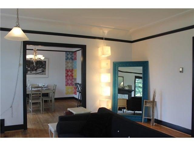 590 E KINGS RD - Upper Lonsdale House/Single Family for sale, 2 Bedrooms (V1020290) #4