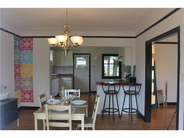 590 E KINGS RD - Upper Lonsdale House/Single Family for sale, 2 Bedrooms (V1020290) #7