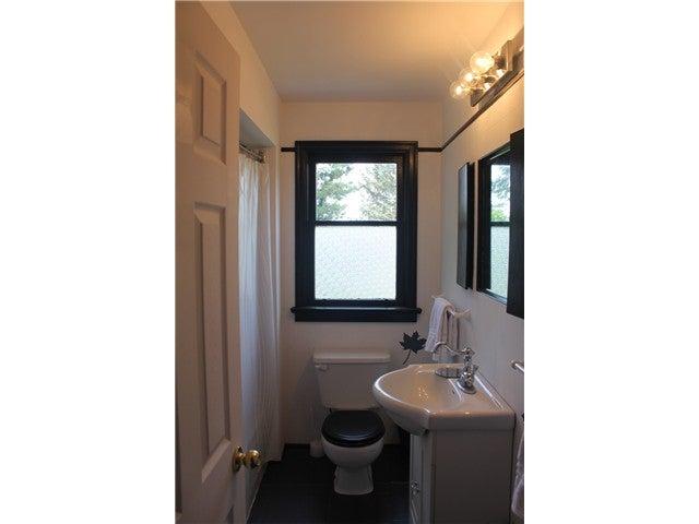 590 E KINGS RD - Upper Lonsdale House/Single Family for sale, 2 Bedrooms (V1020290) #15