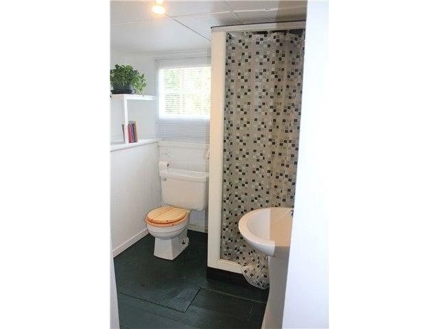 590 E KINGS RD - Upper Lonsdale House/Single Family for sale, 2 Bedrooms (V1020290) #17