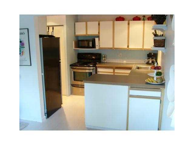 841 WESTVIEW CR - Upper Lonsdale Townhouse for sale, 3 Bedrooms (V1032223) #4