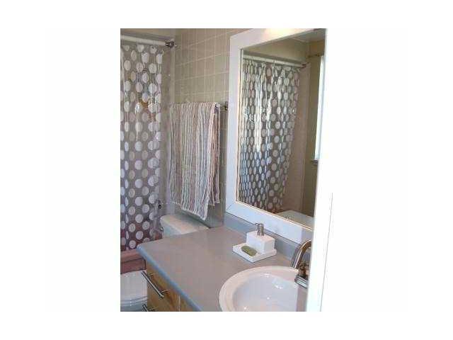841 WESTVIEW CR - Upper Lonsdale Townhouse for sale, 3 Bedrooms (V1032223) #7