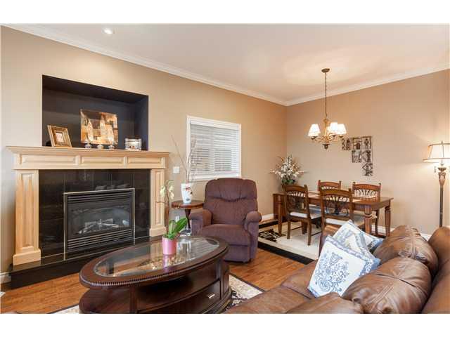 320 E 5TH ST - Lower Lonsdale 1/2 Duplex for sale, 4 Bedrooms (V1051755) #2