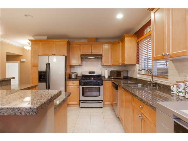 320 E 5TH ST - Lower Lonsdale 1/2 Duplex for sale, 4 Bedrooms (V1051755) #6