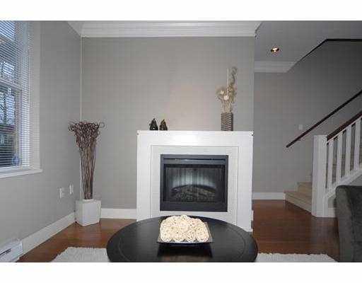 2142 W 8TH AV - Kitsilano Townhouse for sale, 2 Bedrooms (V683942) #3