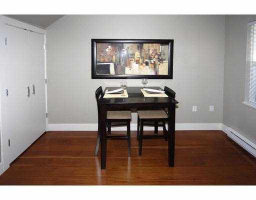 2142 W 8TH AV - Kitsilano Townhouse for sale, 2 Bedrooms (V683942) #7
