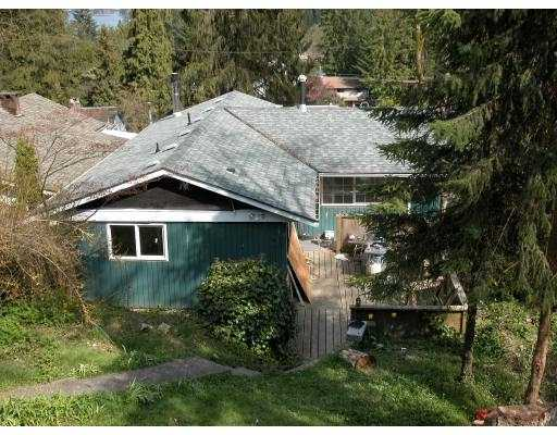 1954 CLIFFWOOD RD - Deep Cove House/Single Family for sale, 3 Bedrooms (V704013) #1