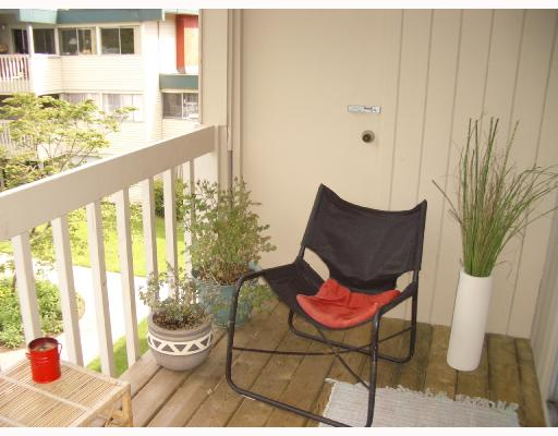830 WESTVIEW CR - Upper Lonsdale Apartment/Condo for sale, 2 Bedrooms (V712966) #4