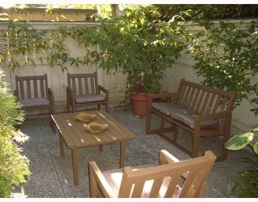 733 WESTVIEW CR - Upper Lonsdale Townhouse for sale, 3 Bedrooms (V728046) #1