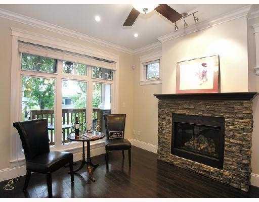 2349 8TH AV - Kitsilano 1/2 Duplex for sale, 3 Bedrooms (V734844) #2