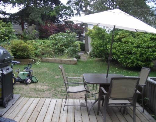 939 WESTVIEW CR - Upper Lonsdale Townhouse for sale, 3 Bedrooms (V774873) #1