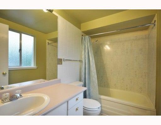 719 WESTVIEW CR - Upper Lonsdale Townhouse for sale, 3 Bedrooms (V781457) #6