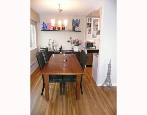# 11 1450 CHESTERFIELD AV - Central Lonsdale Apartment/Condo for sale, 1 Bedroom (V793569) #4