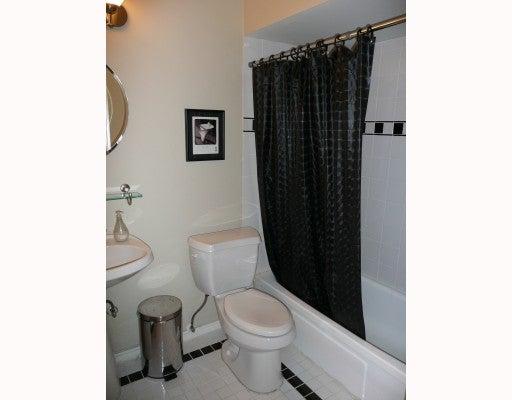 # 11 1450 CHESTERFIELD AV - Central Lonsdale Apartment/Condo for sale, 1 Bedroom (V793569) #9