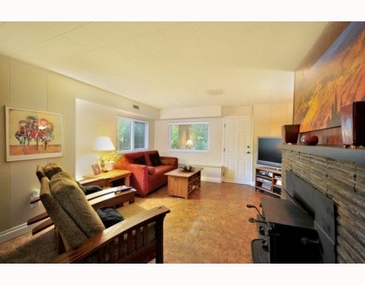 4215 VALENCIA AV - Upper Delbrook House/Single Family for sale, 4 Bedrooms (V794906) #10