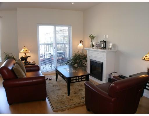 # 45 40632 GOVERNMENT RD - Brackendale Townhouse for sale, 3 Bedrooms (V801833) #4
