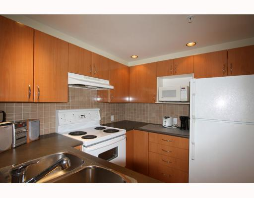 # 305 1688 ROBSON ST - West End VW Apartment/Condo for sale, 1 Bedroom (V804801) #2