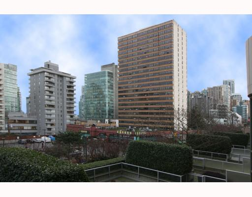 # 305 1688 ROBSON ST - West End VW Apartment/Condo for sale, 1 Bedroom (V804801) #3