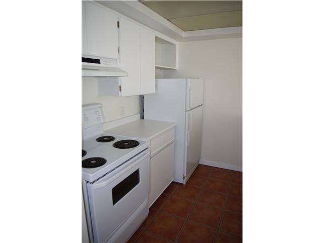 # 325 210 W 2ND ST - Lower Lonsdale Apartment/Condo for sale, 1 Bedroom (V842540) #1