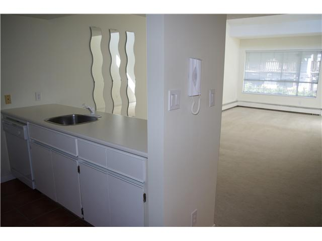 # 325 210 W 2ND ST - Lower Lonsdale Apartment/Condo for sale, 1 Bedroom (V842540) #2
