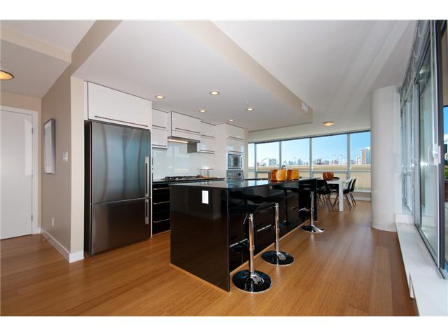 # 803 718 MAIN ST - Mount Pleasant VE Apartment/Condo for sale, 2 Bedrooms (V848900) #2