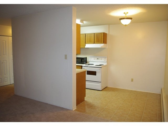 # 116 131 W 4TH ST - Lower Lonsdale Apartment/Condo for sale, 2 Bedrooms (V850585) #1