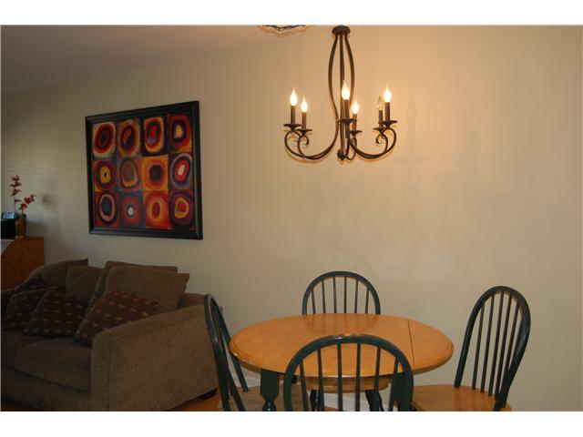 # 102 1518 BOWSER AV - Norgate Apartment/Condo for sale, 2 Bedrooms (V870153) #3