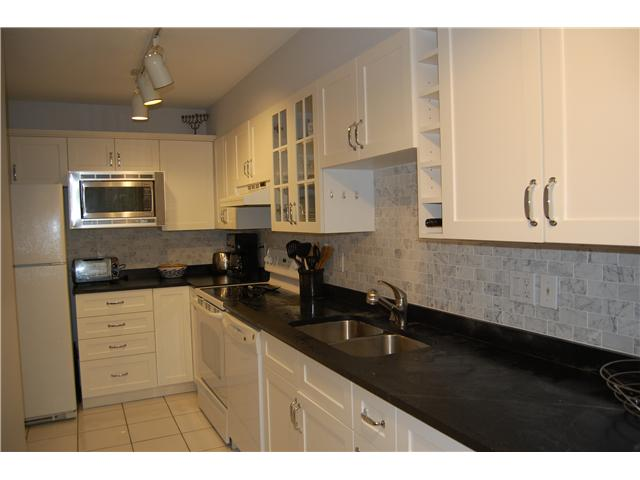 # 102 1518 BOWSER AV - Norgate Apartment/Condo for sale, 2 Bedrooms (V870153) #4