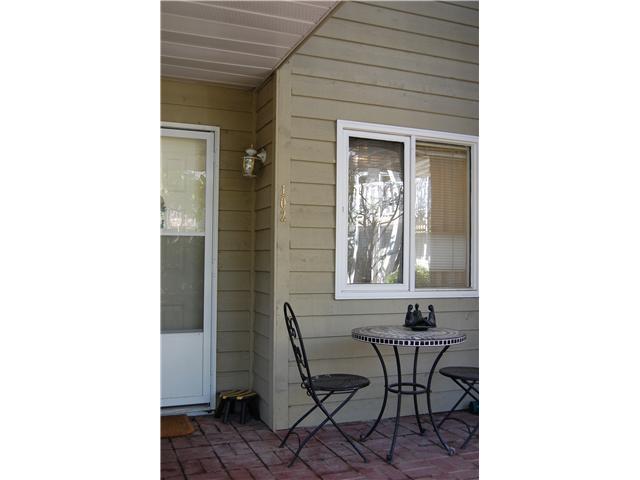 # 102 1518 BOWSER AV - Norgate Apartment/Condo for sale, 2 Bedrooms (V870153) #8