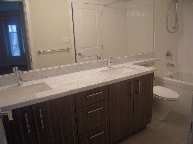# 301 119 W 22ND ST - Central Lonsdale Apartment/Condo for sale, 1 Bedroom (V936339) #4