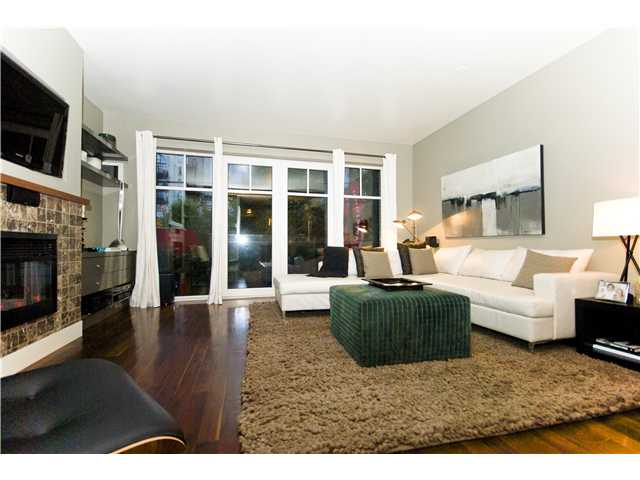 # 209 1275 HAMILTON ST - Yaletown Apartment/Condo for sale, 2 Bedrooms (V941280) #1