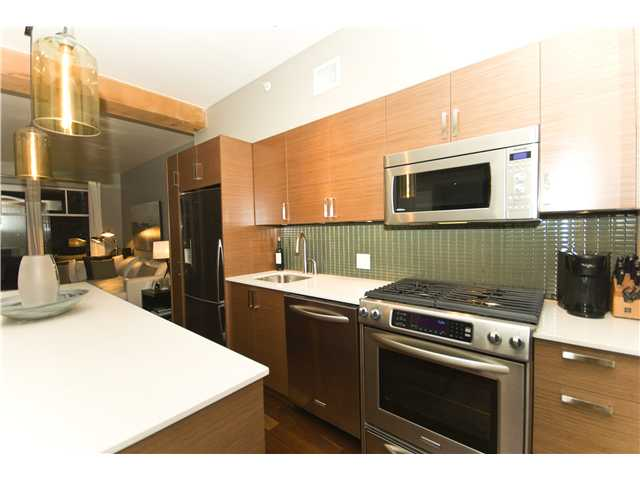 # 209 1275 HAMILTON ST - Yaletown Apartment/Condo for sale, 2 Bedrooms (V941280) #3