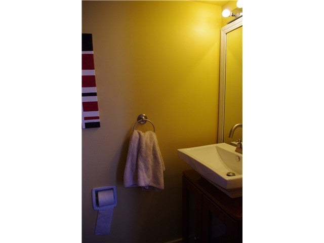606 WESTVIEW PL - Upper Lonsdale Townhouse for sale, 3 Bedrooms (V942333) #2
