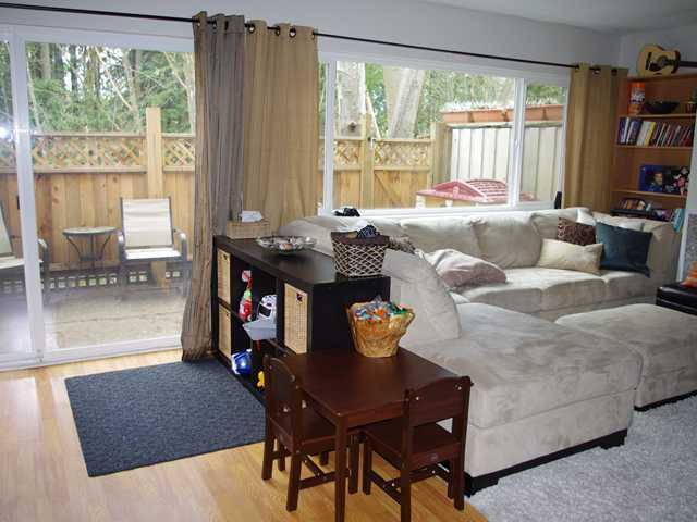 845 WESTVIEW CR - Upper Lonsdale Townhouse for sale, 3 Bedrooms (V943571) #2