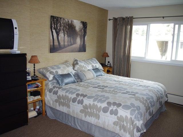 845 WESTVIEW CR - Upper Lonsdale Townhouse for sale, 3 Bedrooms (V943571) #3