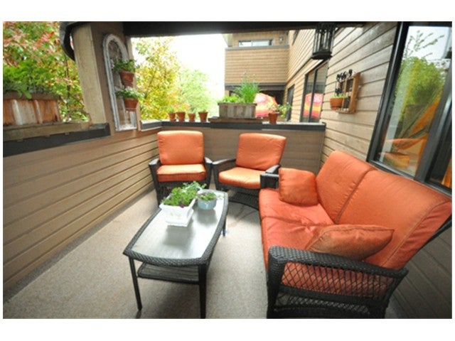 # 202 3275 MOUNTAIN HY - Lynn Valley Apartment/Condo for sale, 2 Bedrooms (V970071) #7