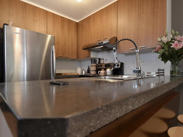 # 102 788 E 8TH AV - Mount Pleasant VE Apartment/Condo for sale, 2 Bedrooms (V975936) #1