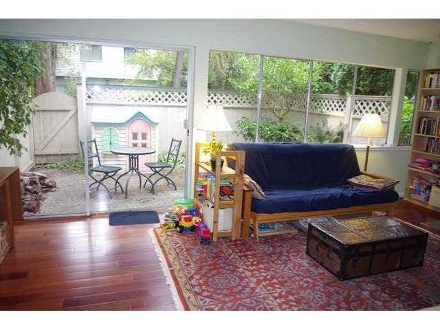 947 WESTVIEW DR - Upper Lonsdale Townhouse for sale, 3 Bedrooms (V977637) #1