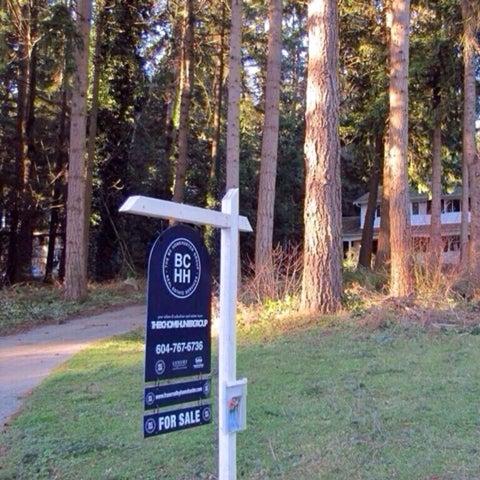 12501 53RD AV  $1,228,888 House with Acreage in Panorama Ridge, Surrey  3,408 Sq