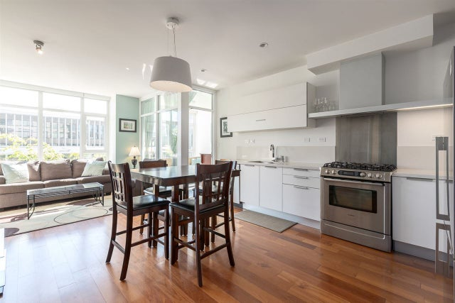 208 1808 W 1ST AVENUE - Kitsilano Apartment/Condo for sale, 1 Bedroom (R2100850)