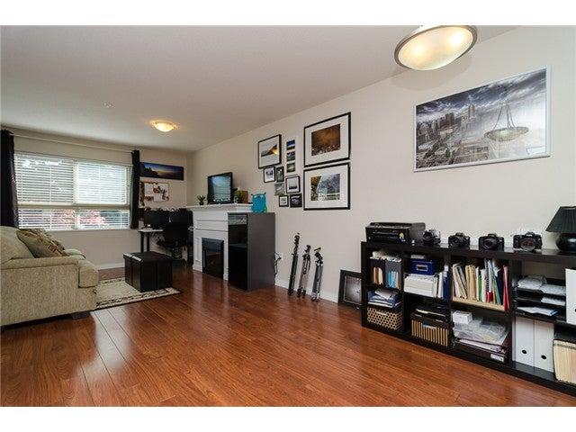 # 203 2342 WELCHER AV - Central Pt Coquitlam Apartment/Condo for sale, 1 Bedroom (V1082255) #12